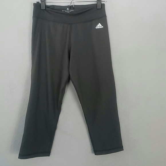 665a5ffeed81 Women s athletic Adidas climalite capri pants smal